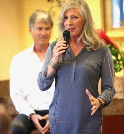 Image of Sandra Speaking